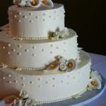 classic calla lily cake