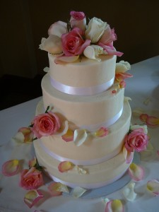 cake with beautiful roses